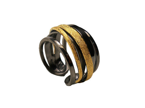 Ring in Black Rhodium and Gold plated Sterling Silver