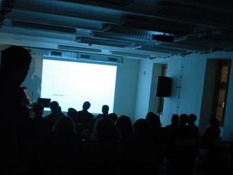Introspekce - cyklus přednášek mladých brněnských architektů a studio AEIOU