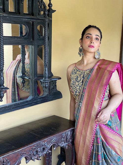 Banarasi Jackard silk grey checks with Magenta border