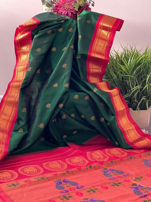 Gadwal with paithani pallu