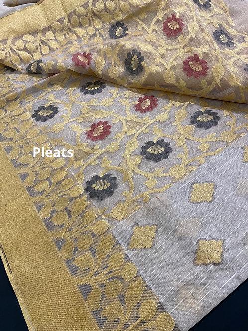 Tissue Benarasi white n gold