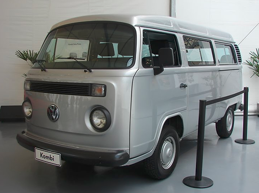 Kombi Serie Prata Acervo VW.png
