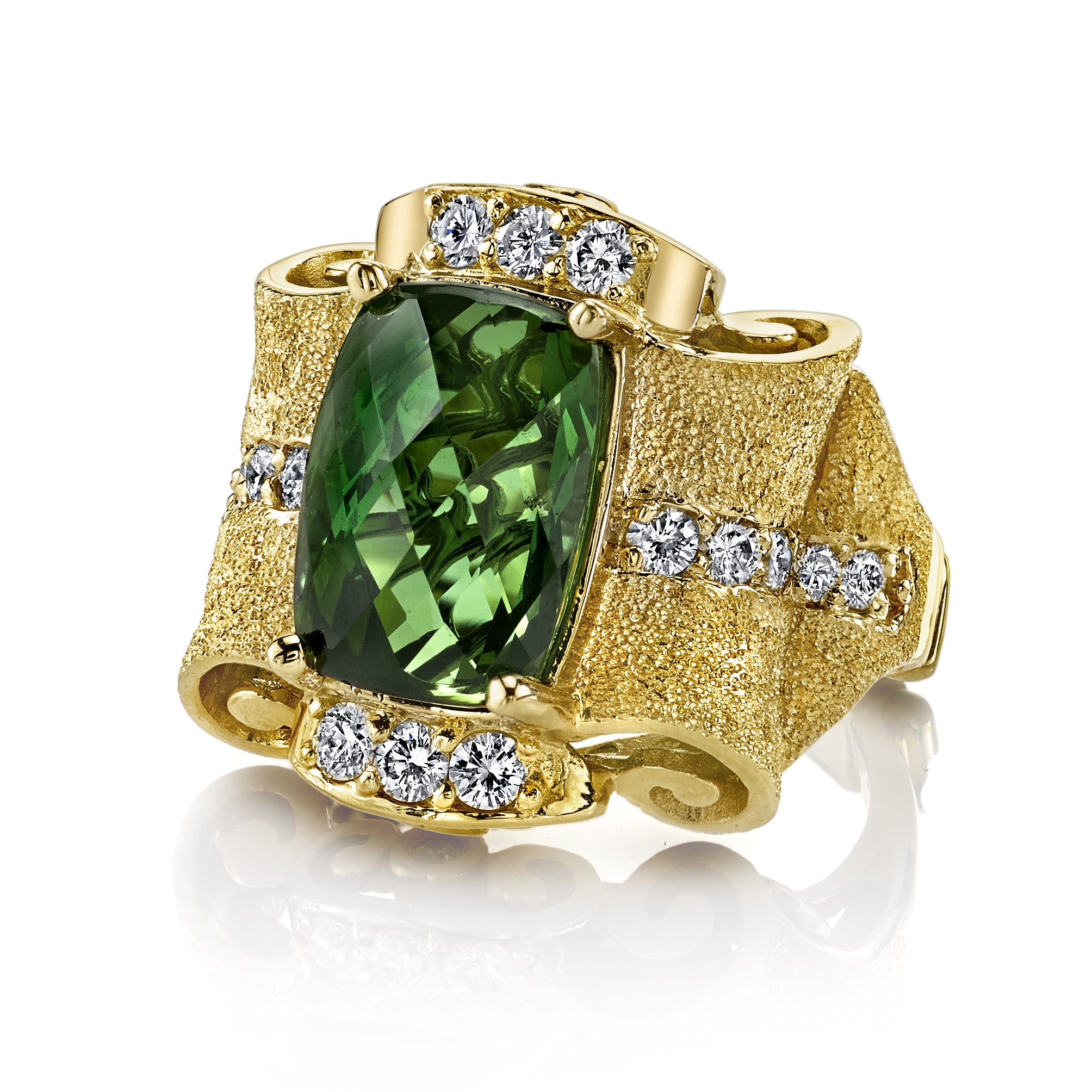 18k+YG+Green+Tourmaline+Diamond+Pagoda+Ring+(2).jpg