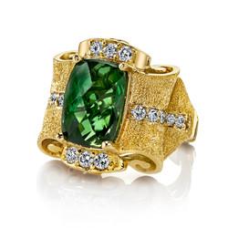 18k+YG+Green+Tourmaline+Diamond+Pagoda+Ring+(2).jpg