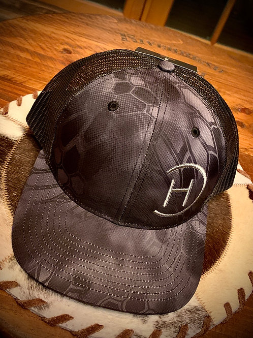 Trucker Hat - Kryptek Black on Black