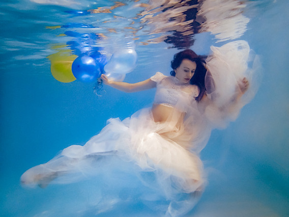 Cami maternity underwater white web-10.j