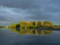 Riflessione di un fiume Sergio Luban