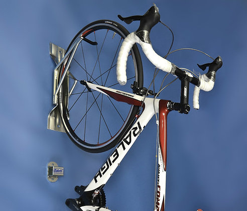 Cycle Wall Hanger + Anchor