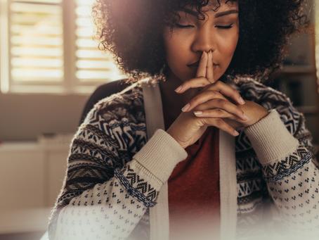 10 FORMAS DE PRATICAR O MINDFULNESS NO SEU DIA A DIA