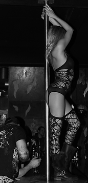 Stripteaseuse Nancy Laurence