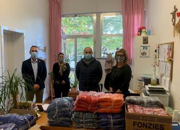 """13.10.2020 – Donazione di indumenti invernali alla Casa di riposo """"San Giuseppe"""" di Acqualagna"""