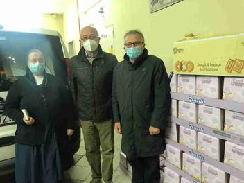 16.12.2020 – Consegna di panettoni alla Pia Opera Infermi e Poveri per i bambini bisognosi a Palermo