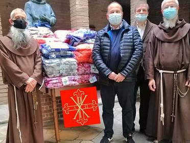 01.11.2020 – Donazione di indumenti invernali in occasione della Solennità di Ognissanti