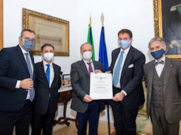 23.12.2020 - Il Generale Roberto Corsini insignito Cavaliere di Gran Croce di Merito Costantiniano