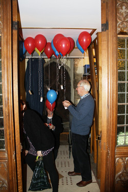 Balloons in the vestry (2)