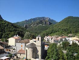Chateau lapradelle puilaurens eglise village
