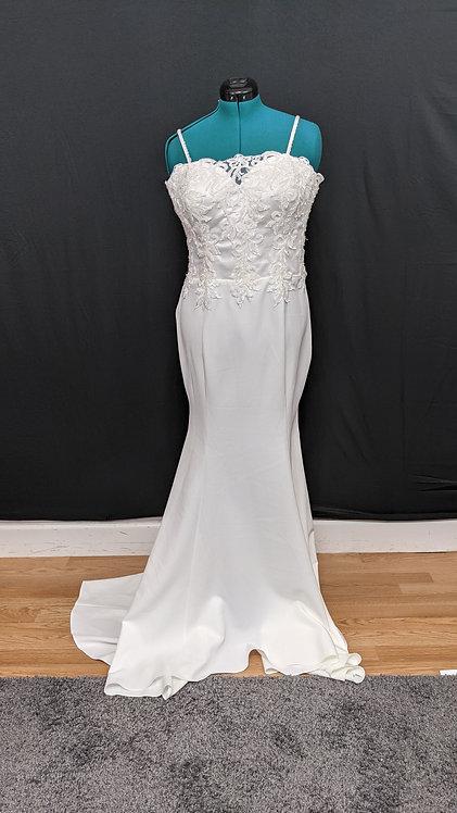 21569 Trumpet Hand Beaded Plus Size Wedding Dress