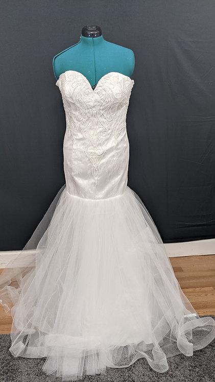 21565 Mermaid Hand Beaded Plus Size Wedding Dress