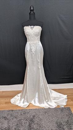 21530 Trumpet Hand Beaded Wedding Dress