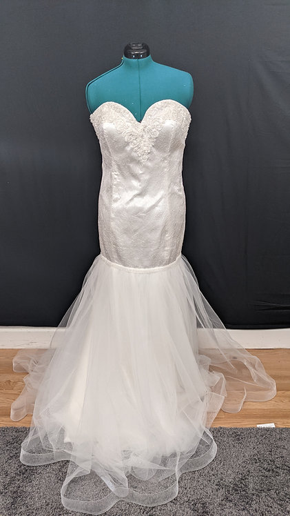 21553 Mermaid Hand Beaded Plus Size Wedding Dress