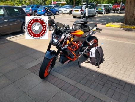 STOLEN - KTM DUKE 390 - REG: VE15 ORP -  CRIME REF: 5219153137