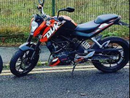 KTM DUKE 125 ORANGE - WX61 CZD -  Crime Ref: 5218132264