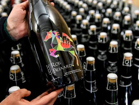 Flessen Ros Beiaardbier voor ommegang met datum 2020 kunnen nu collector's items worden.