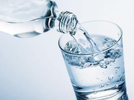 Der Wasserbedarf deines Körpers und seine Wichtigkeit!