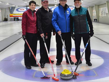 Nos Champions au tournoi régional du club de curling de Chicoutimi