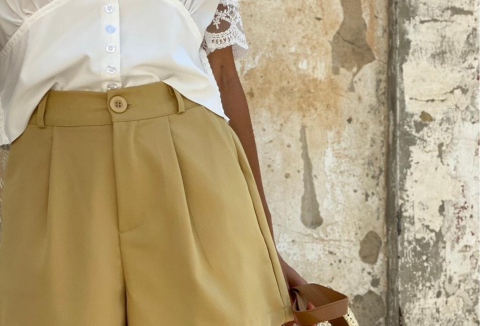 Ladies shorts mustard