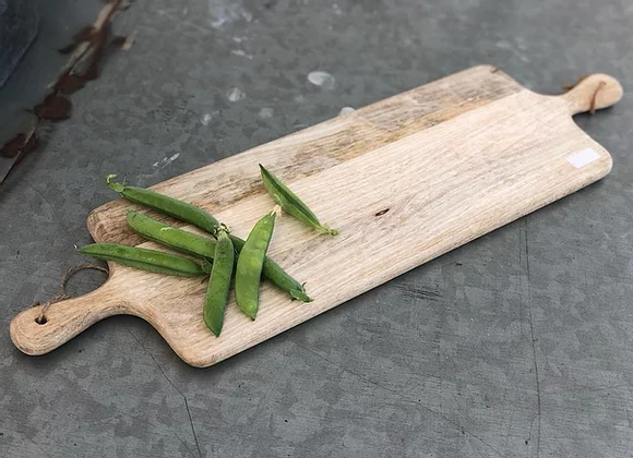 קרש חיתוך 2 ידיות לתלייה עץ מנגו טבעי