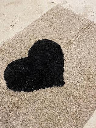שטיח אמבטיה לב