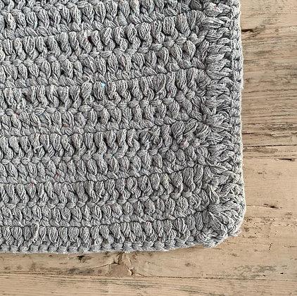שטיח מלבן סרוג