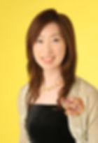 茂木佳枝宣材写真.jpg