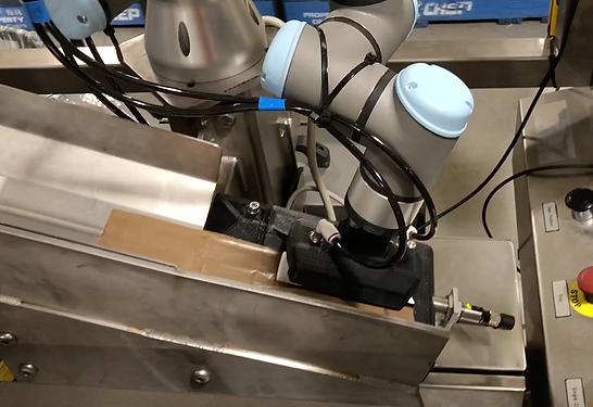 Universal Robots Carton Packing