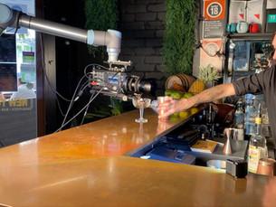 UR10 Cobot Helps Film a Commercial