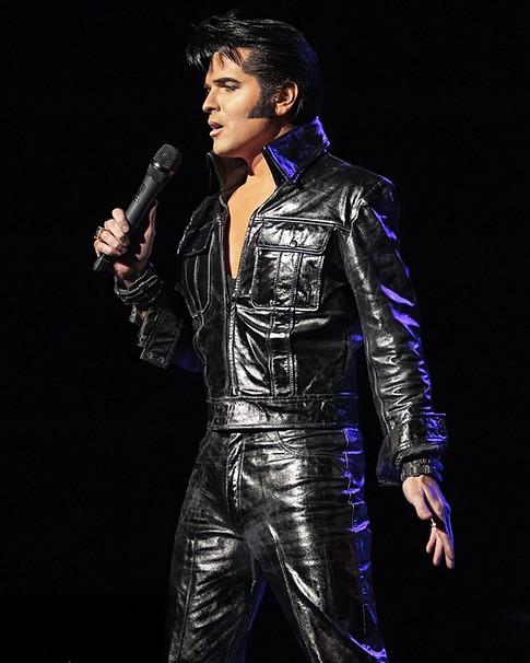 Dean Z as Elvis 1968