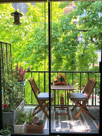Enticing Balcony outside Berkeley Therapit Jesse Whittle-Utter's Office