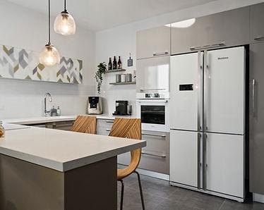 מטבח מעוצב בדירת קבלן