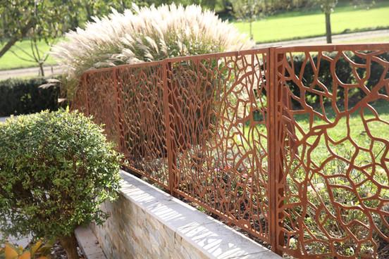Zaun Blätterstruktur 2