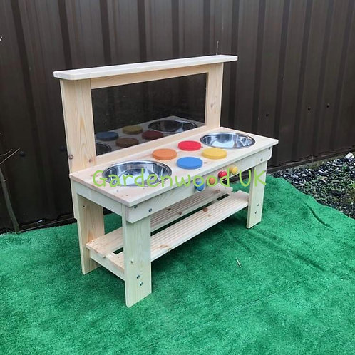 Garden Mud Kitchen, Centre Hobs, Double Bowl and Art Easel
