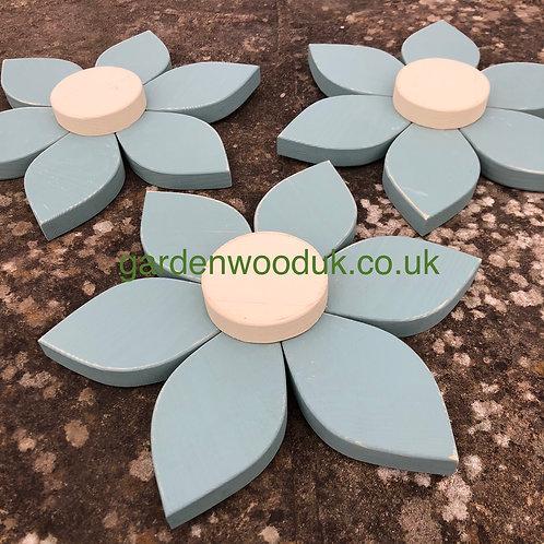 Set of 3 Wooden Flowers (30cm - 6 petals)