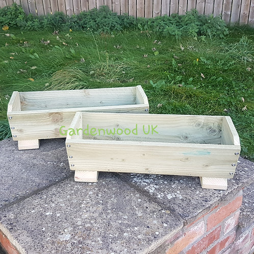 2x 600mm Rustic Troughs with Feet