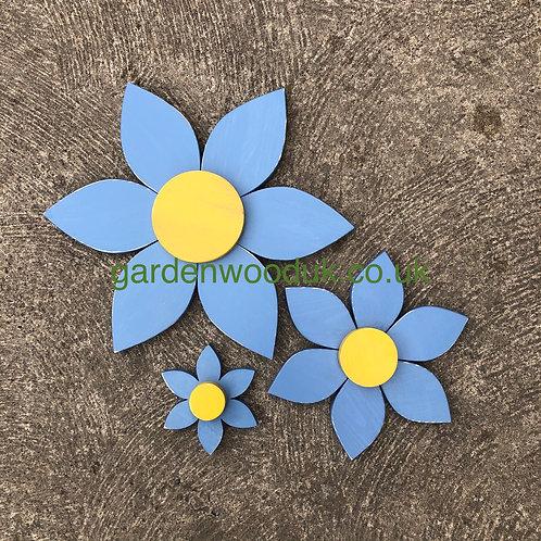 Set of 3 Wooden Flowers (6 petals)