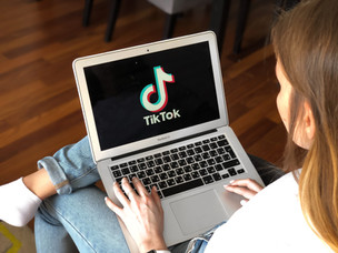 All attention to TikTok! Why is it worth paying attention to the new social network?