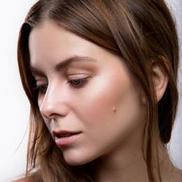 Daria Mudrova, New York Beauty Blogger