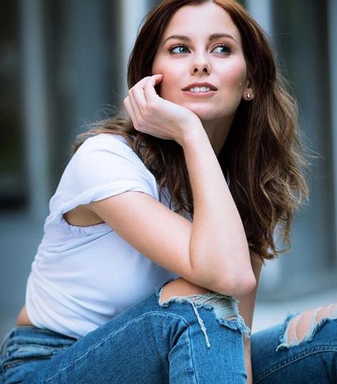 Daria Mudrova, NYC lifestyle blogger