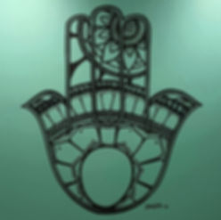 Hand pinted large Hamsa design