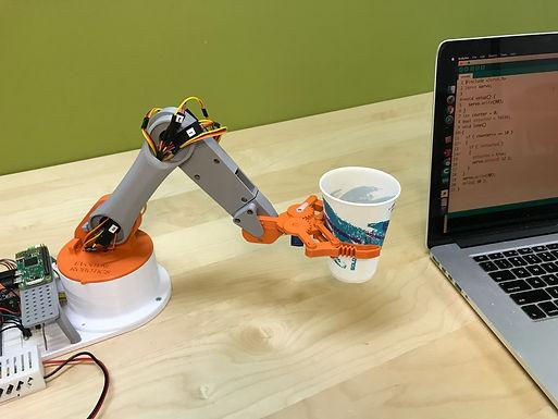 EvoArm  1.0 - Robotic Arm Kit Includes Arduino Raspberry Pi