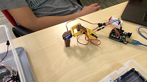 evodyne-academy-build-robot-workshop-kid